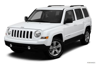 2013 White Patriot Jeep