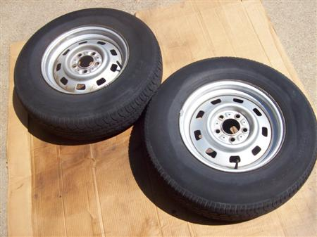 My MJ Jeep Wheels Before Painting!
