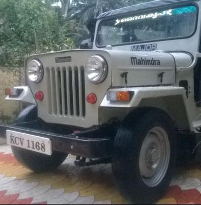Modified Mahindra Major Jeep Traffic Club