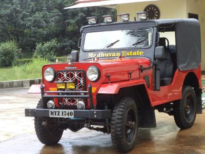 jeep button tyres for rainy season  (2012)
