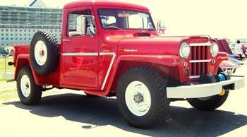 4x4 Truck 1962 Willys Restored!