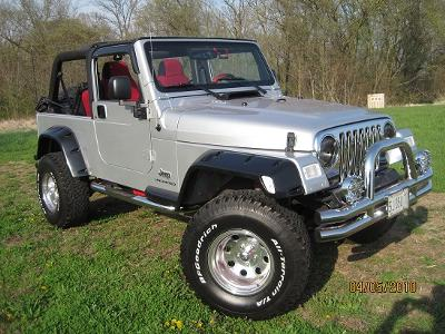Four Wheeling:  Clayton's '05 Unlimited TJ